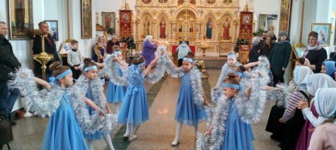 О танцах в Увинском храме